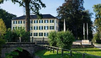 Schloss Burgellern - Service