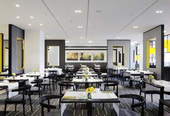 andel's Hotel Berlin - Service