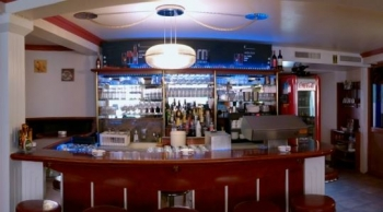Cafe Piccolo - Bar