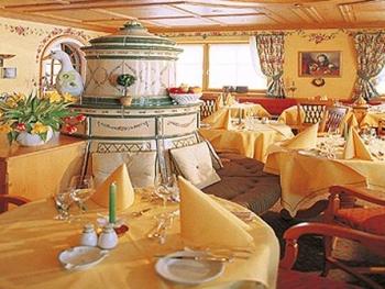 Hotel Guggis**** - Service
